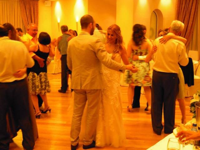 waltz everybody